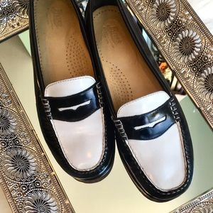 Leather Loafers✨